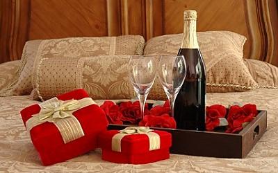 iStock_000002378747X-cadeaux rouges-croper
