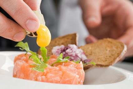 shutterstock_20411587-chef-croper